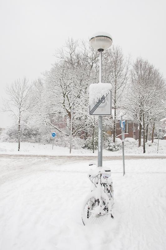 Meindert Hobbemastraat, Groningen  17.12.2009 (Canon EF 24-105mm f/4.0L IS USM)