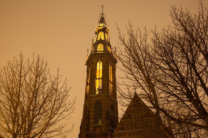 Sint-Jozefkathedraal/Radesingel, Groningen 30.12.2009 (Canon EF 24-105mm f/4.0L IS)