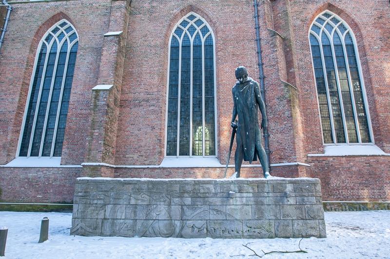 Martinikerkhof, Groningen 04.02.2012 ((Canon EF 16-35mm f/2.8L II USM)