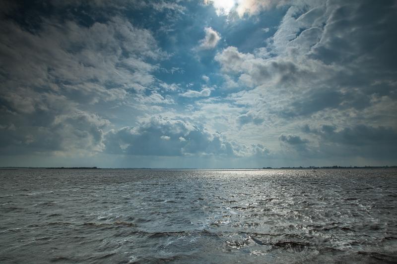 17.09.2011 (Canon EF 16-35mm f/2.8L II USM)